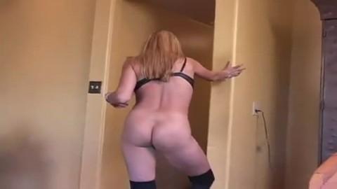 A 50 ans elle adore toujours se faire titiller la chatte
